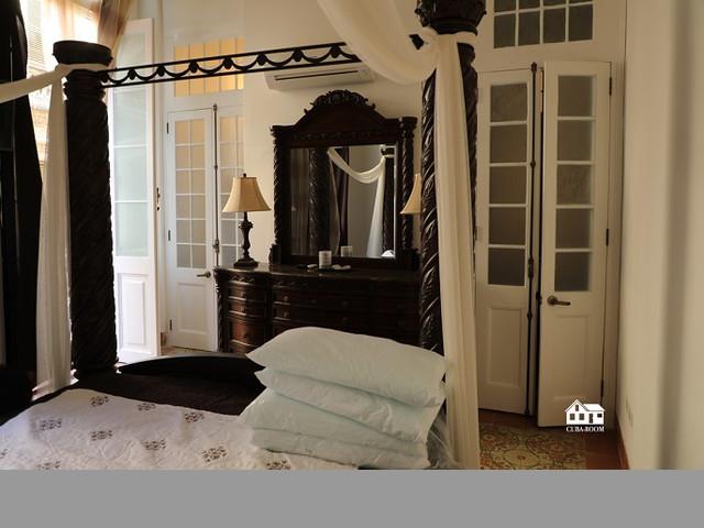 Los balcones de oficio, renta de lujoso apartamento en La Habana
