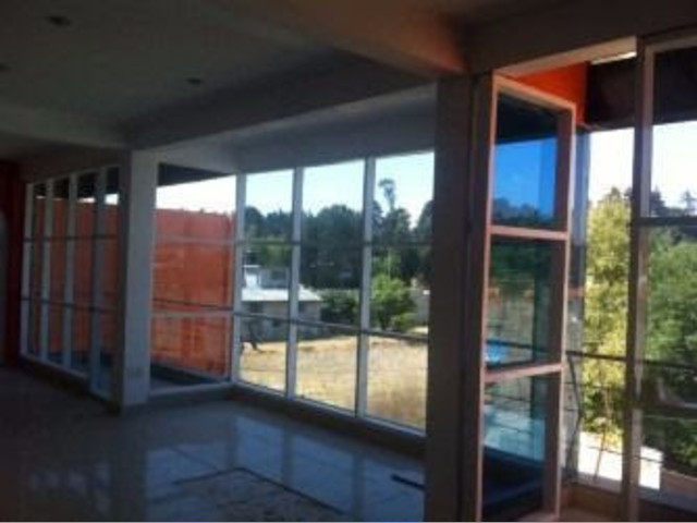 Bodega a unos minutos del Aeropurto INtenacional de Toluca