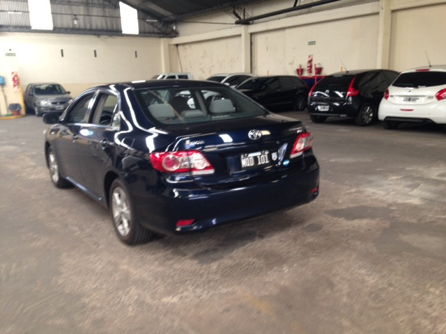 Toyota Corolla XEi mt 2013 azul 70.000kms Unico Dueño