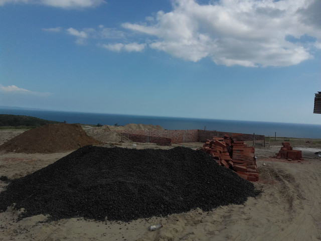 ESPECTACULAR VISTA AL OCEANO DESDE TU PROPIO TERRENO EN ECUADOR