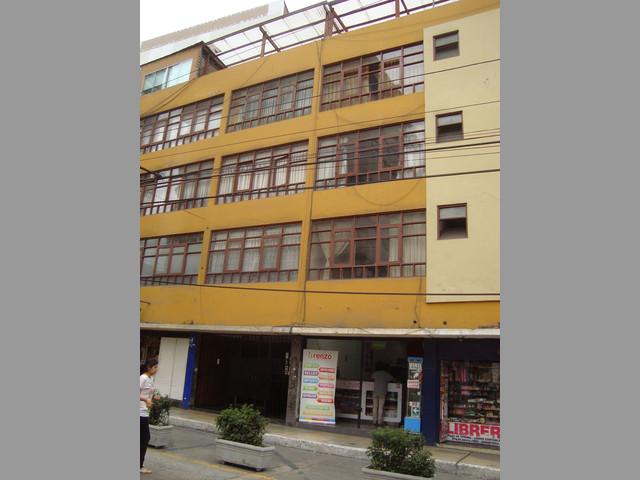 Departo en eje Turístico, Residencial, Comercial Miraflores