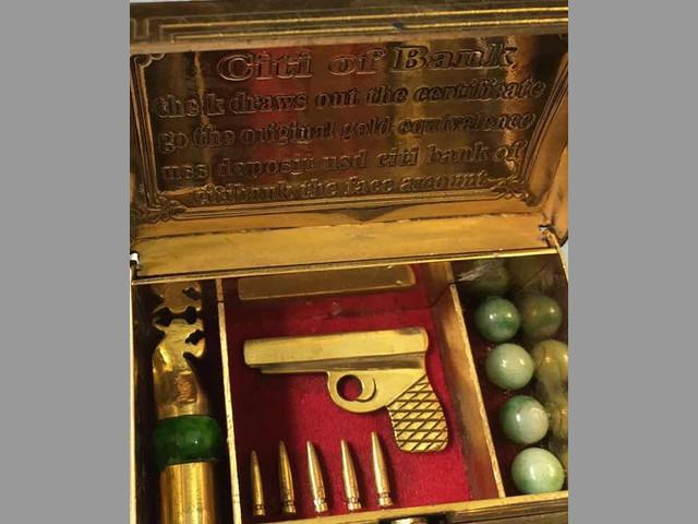 GOLDEN GUN BOX