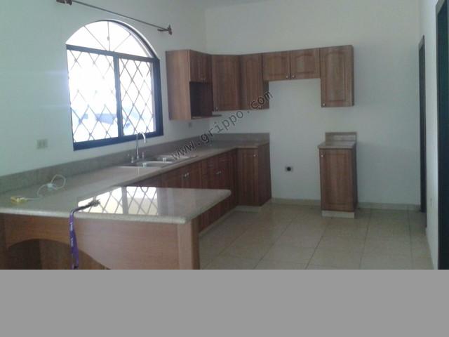Se renta casa Residencial Salamanca