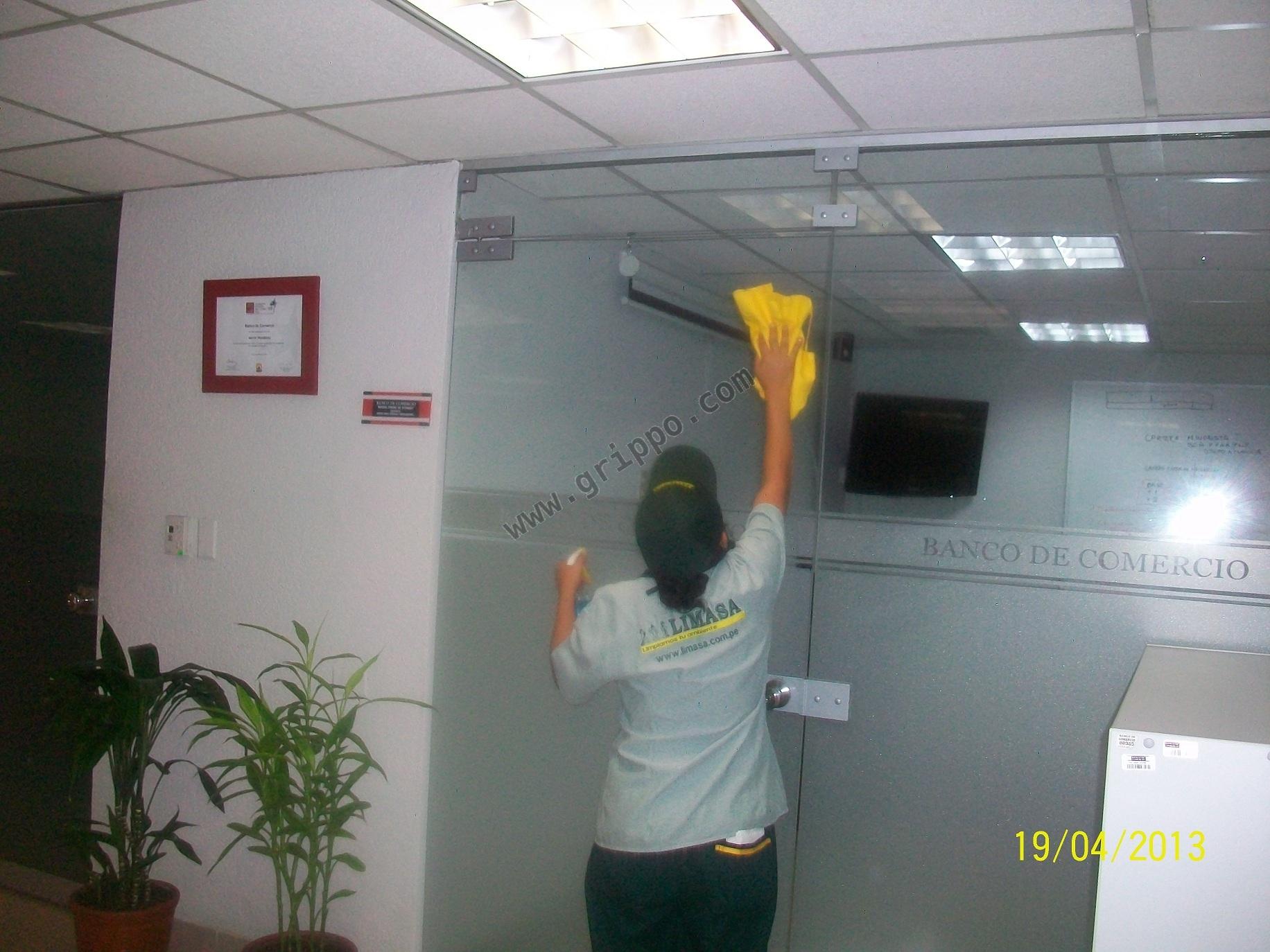 Limasa empresa de servicio de limpieza y mantenimiento en for Empresas de limpieza en toledo