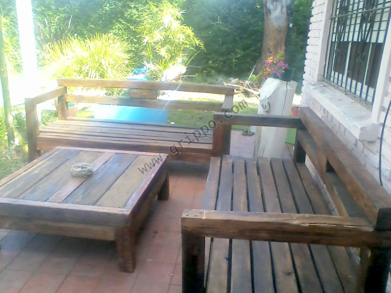 muebles rusticos en madera dura para exterior e interior