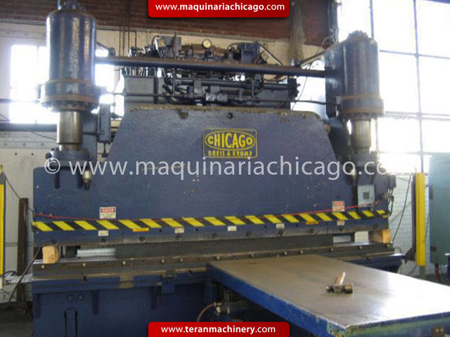 Prensa CHICAGO DREIS & KRUMP 12' x 200 ton USADO