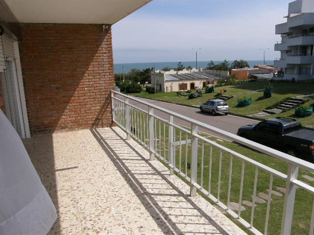 La Mansa Punta del Este apartamento a metros del mar, amplios ambientes