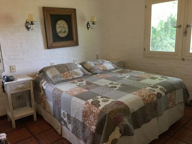 Confortable quincho con amplios y luminosos ambientes