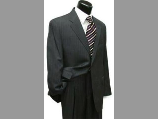 Consiga un estilo agradable con la más nueva ropa para hombres