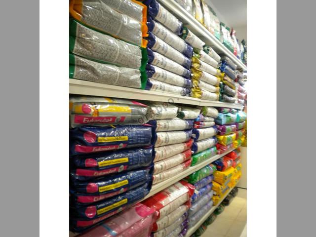 Distribuidora de alimento balanceado para perros y gatos! Todas las marc