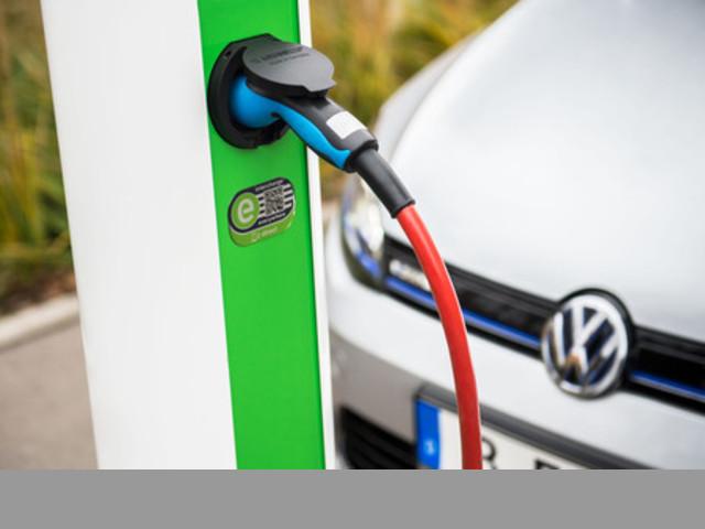 Instalación cargador electrico