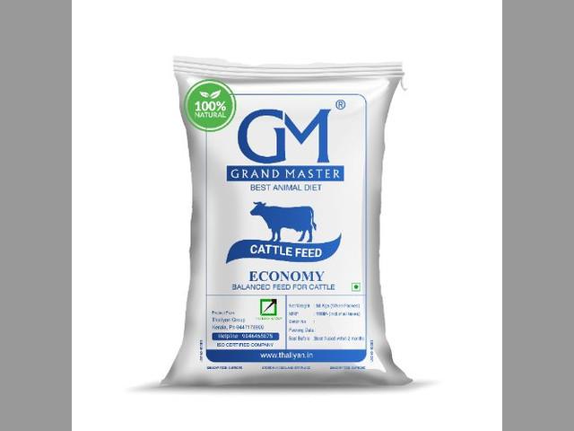 Grand master economy cow feed (MASH)