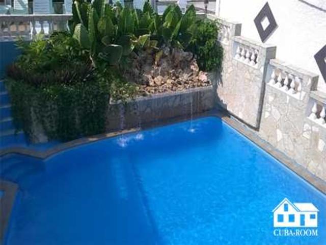 La Pimienta, hospedaje con piscina en Guanabo zona de playa