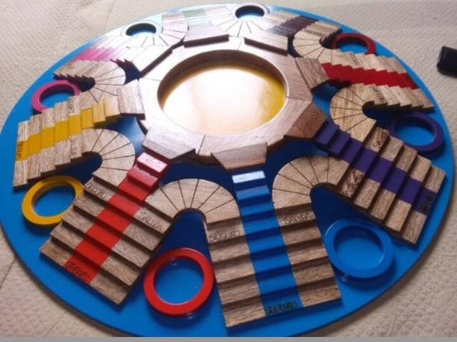 Vendo Parqués artesanal tridimensional en madera
