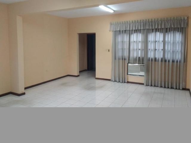 REF_1 Alquilamos Oficina Corporativa de 50 m2