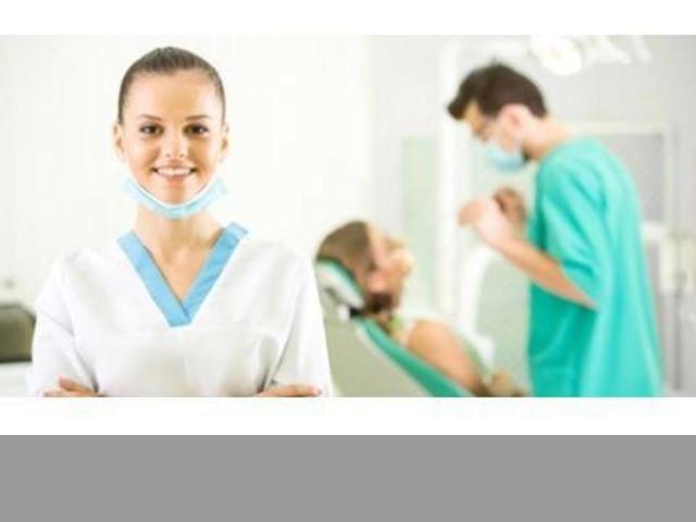 Enfermera para servicios odontológicos