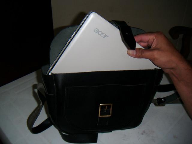 Porta laptop, maletines, mochilas, bordadas, con logo.
